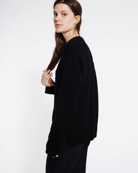 Anne alpaca crewneck / black