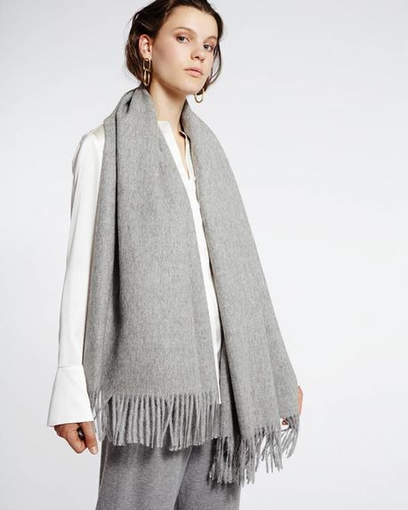 Detale Studio Karin alpaca scarf light grey