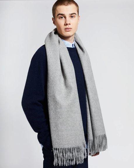 Detale Studio Ludo large alpaca scarf light grey