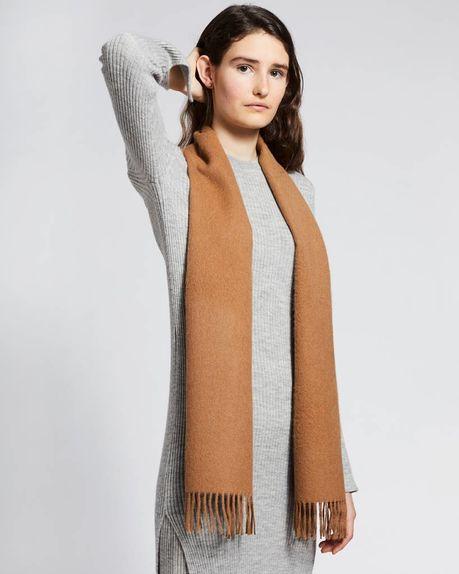 Detale Studio Karin small alpaca scarf camel