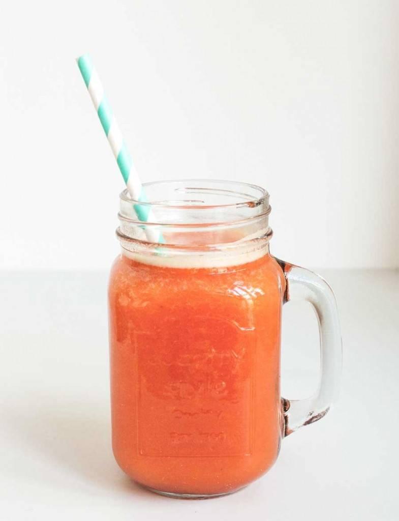 Aardbeien, grapefruit & sinaasappel juice + pulp recept