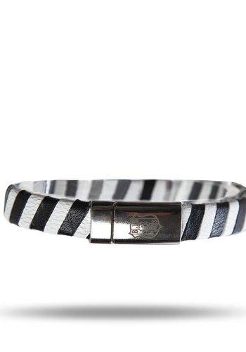 BJK k16deri04 wristlet