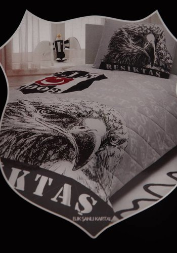 BJK şanlı kartal yatak örtüsü seti