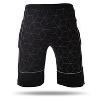 7717560 Mens shorts black