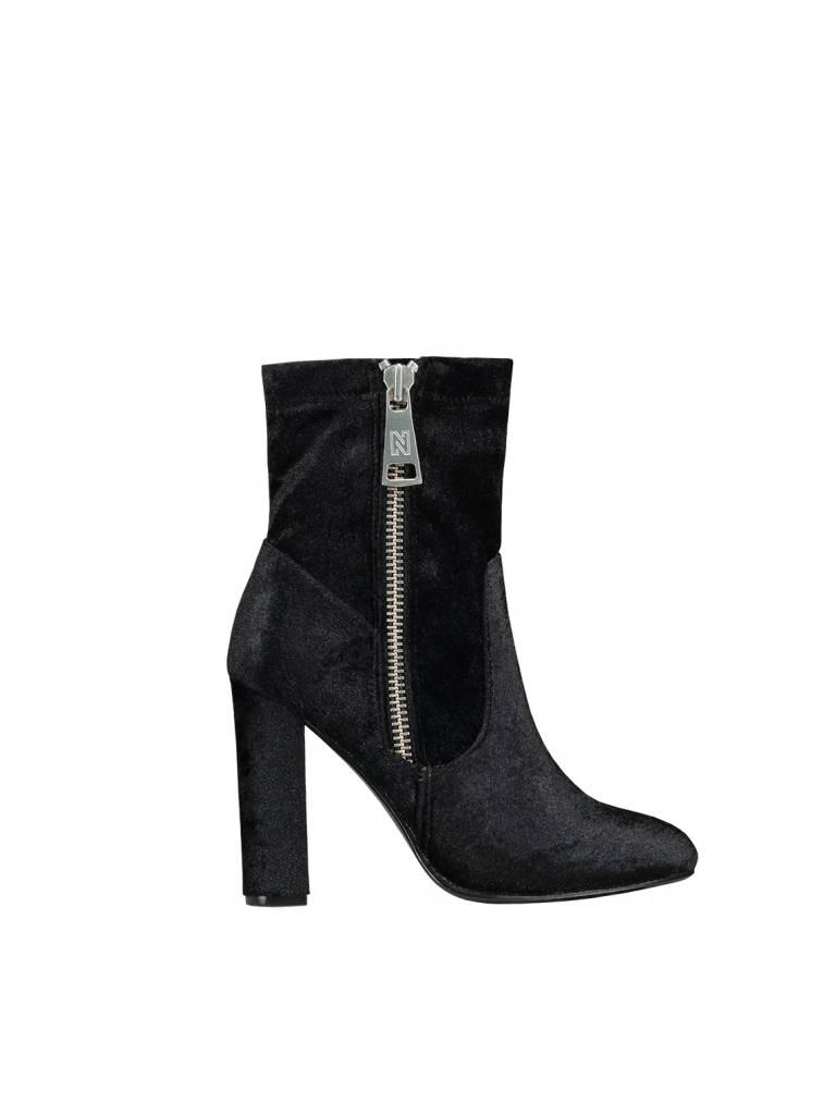 NIKKIE Nikkie Velvet Boots Zwart