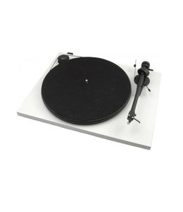 Pro-Ject Essential II (OMB-5)
