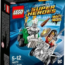 Lego Lego 76070 Mighty Micros: Wonder Woman vs Doomsday