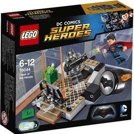 Lego Lego 76044 Het duel van de helden