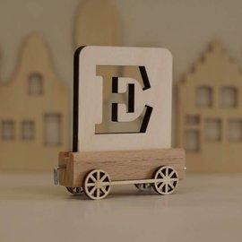 Houten Lettertrein Letter E