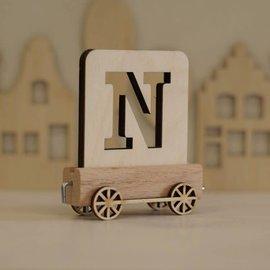 Houten Lettertrein Letter N