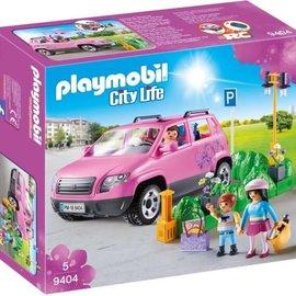 Playmobil Playmobil - Familiewagen met parkeerplaats (9404)