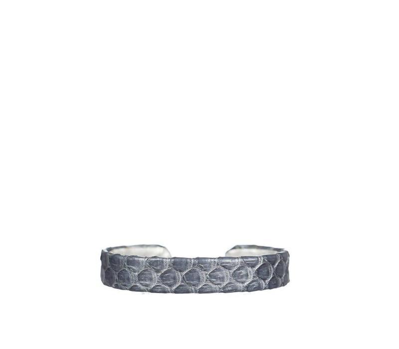 Mara Bangle Snake Grey
