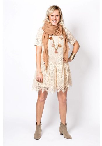 The Korner Lace Dress 8128040 Beige