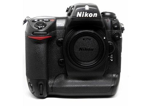 Nikon D2 XS