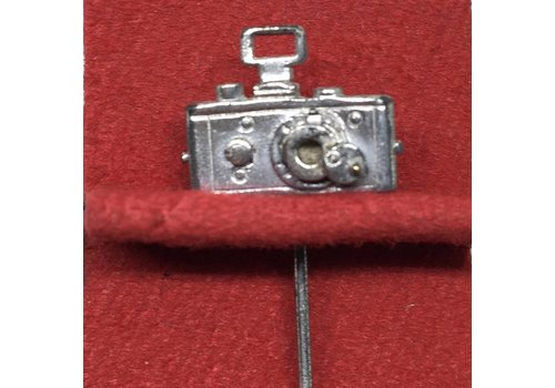 Leica Limited UR Pin in Presentation Case