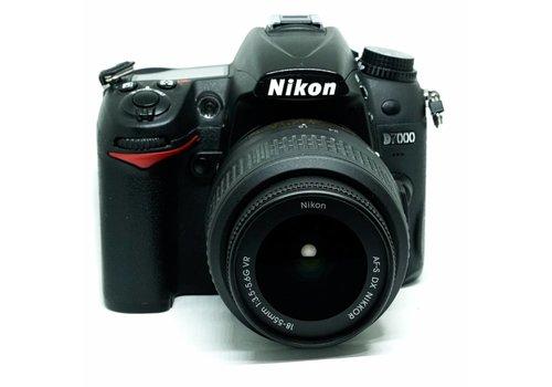 Nikon D7000 + 18mm-55mm f/3.5-5.6 G VR