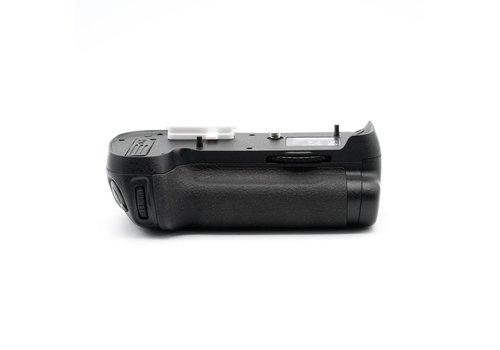 Nikon MB-D 12 Grip