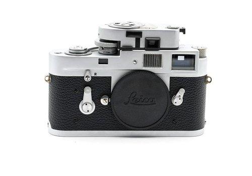 Leica M2 Silver + MR Meter