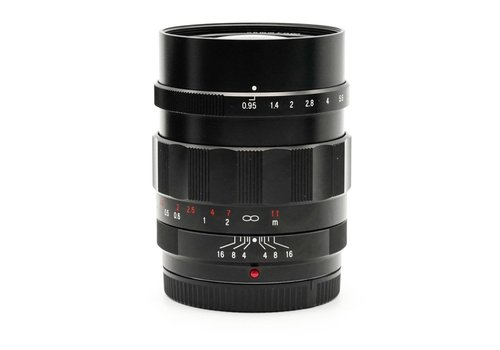 Voigtlander 25mm f/0.95 Nokton Micro 4/3
