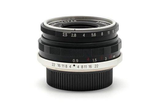 Voigtlander 35mm f/2.5 Color-Skopar