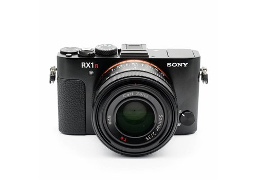 Sony RX 1R MKII Outfit