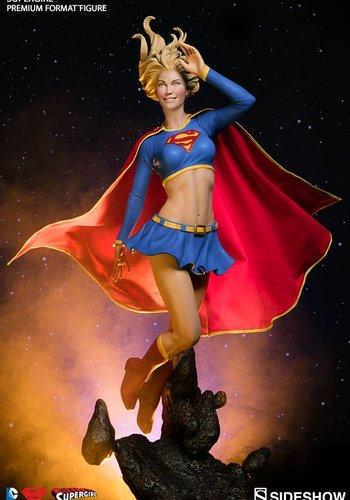 Sideshow DC Comics: Supergirl Premium Format Statue