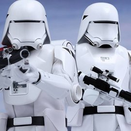 Hottoys Star Wars - Episode VII: First Order Snowtroopers 1:6 figure Set