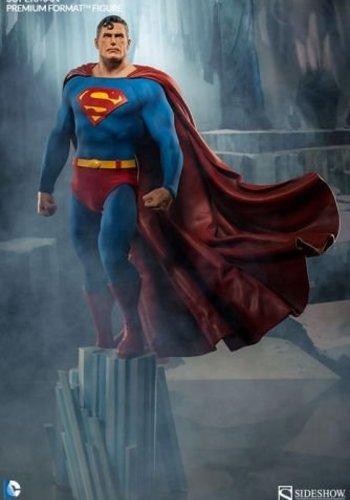 Superman Premium Format Figure 1:4