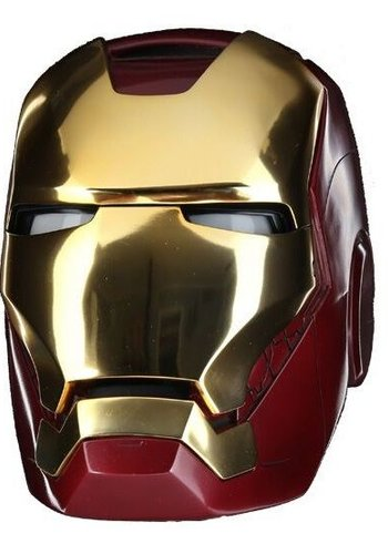 Marvel: Iron Man Mark VII Helmet Replica