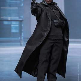 Hottoys Captain America The Winter Soldier: Nick Fury 1:6 scale figure