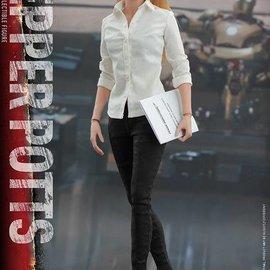 Sideshow Iron Man 3: Pepper Potts - Sixth Scale Figure