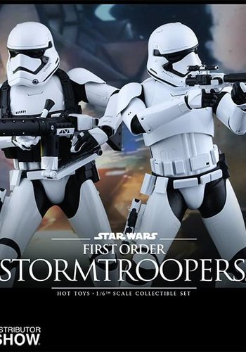 Hottoys Star Wars The Force Awakens: First Order Stormtrooper 1:6 scale figure set