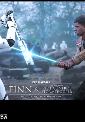 Hottoys Star Wars The Force Awakens: Finn and Riot Stormtrooper 1:6 scale Set