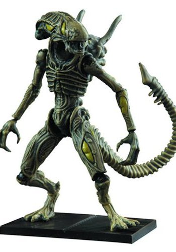 Diamond Direct Aliens: Xenomorph Boiler 1:18 scale AF
