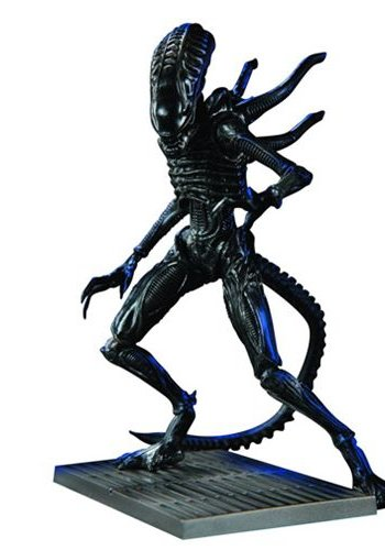 Artfx+ Aliens: Xenomorph Soldier 1:18 scale AF