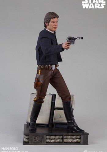 Star Wars: The Empire Strikes Back - Han Solo Premium Statue