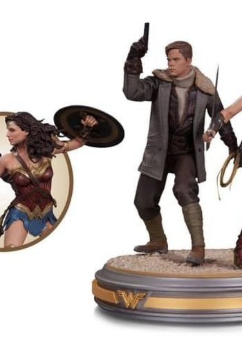 Wonder Woman Movie: Wonder Woman & Steve Trevor Statue