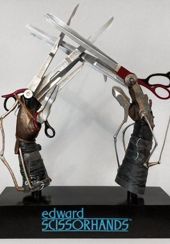 Edward's Scissorhands prop replica PRE ORDER