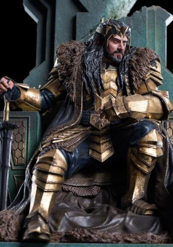 The Hobbit: King Thorin on Throne 1:6 Scale Statue