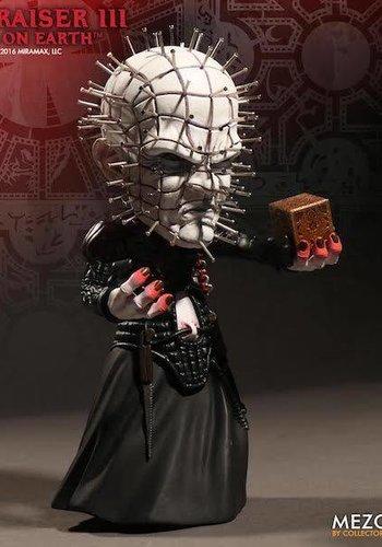 Hellraiser: 6 inch Pinhead Stylized figure