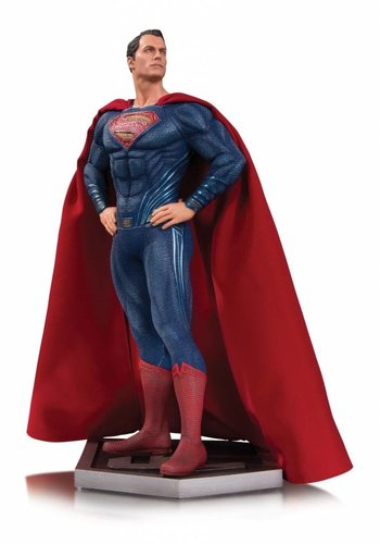 DC Comics: Justice League Movie - Superman Statue