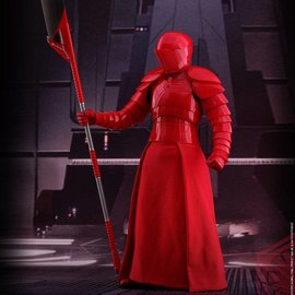 Hottoys Star Wars: TLJ - Praetorian Guard with Heavy Blade 1:6 Scale Figure