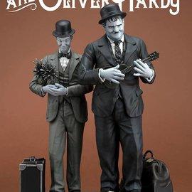 Infinite Statue Stan Laurel & Oliver Hardy: Honolulu Baby statue