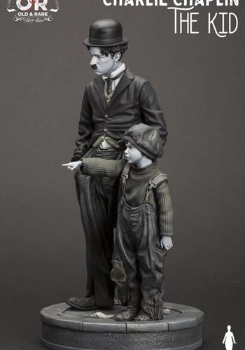 Charlie Chaplin: The Kid 1:6 Scale Statue
