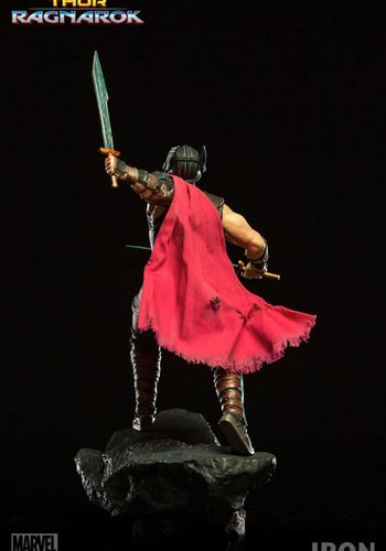 Marvel: Thor Ragnarok - Thor - 1:10 Scale Statue