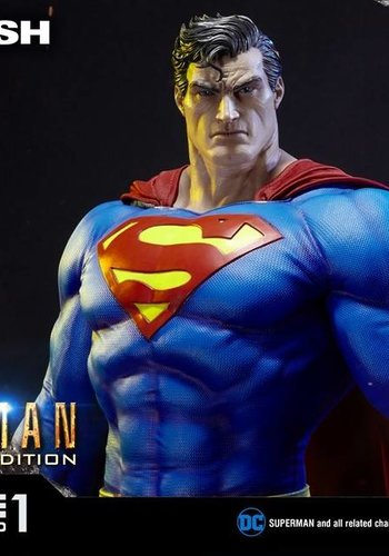DC Comics: Batman Hush - Fabric Cape Edition Superman Statue