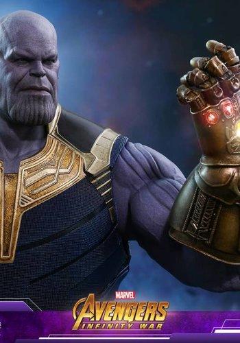 Marvel: Avengers Infinity War - Thanos 1:6 Scale Figure