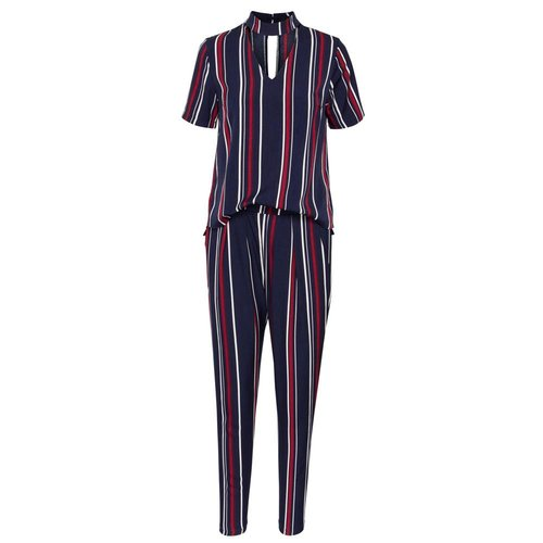 SISTERS POINT Jumpsuit Goodie