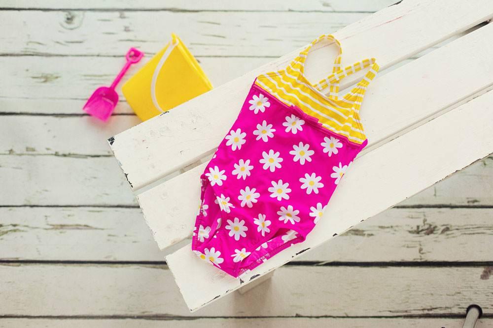 Girls Daisy Stripe Swim Suit Pink