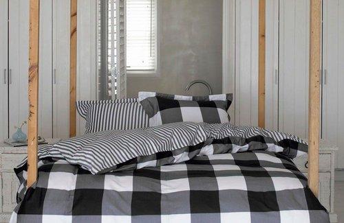 Essenza Checkerboard Dekbedovertrek Zwart